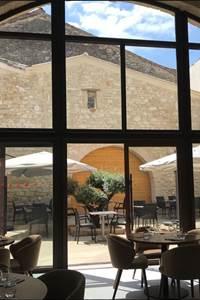 Restaurant Le Patio by Lou Caléou