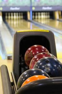 Bowling Laser games