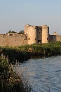 Tours et remparts d'Aigues Mortes