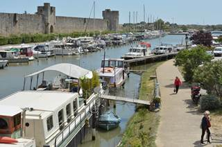 Port de plaisance d'Aigues Mortes
