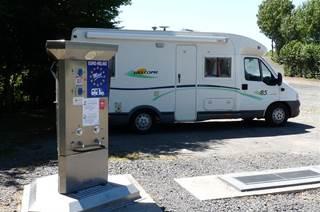 Aire de Services et de Repos à Saint-Laurent-de-Carnols