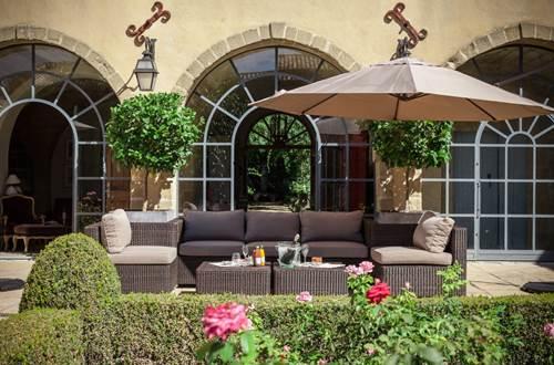 Domaine de Fos - terrasse et salon de jardin © Domaine de Fos