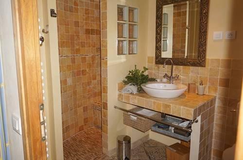 chambre d hote mas suejol anduze chambre est salle eau ©