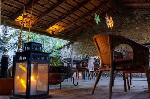 la vieille maison Durfort patio en lumieres avec bassins ©