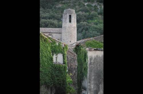 meuble-Saint-Victor-la-Coste1 ©