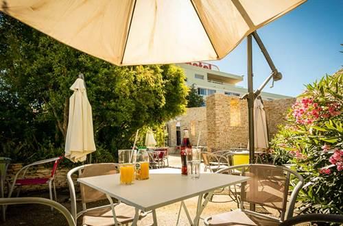 Hôtel Restaurant Nimotel © Sud de France Développement