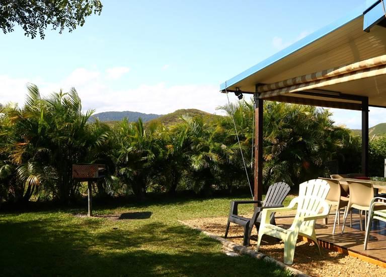 Jardin et barbecue privatifs chalet 6